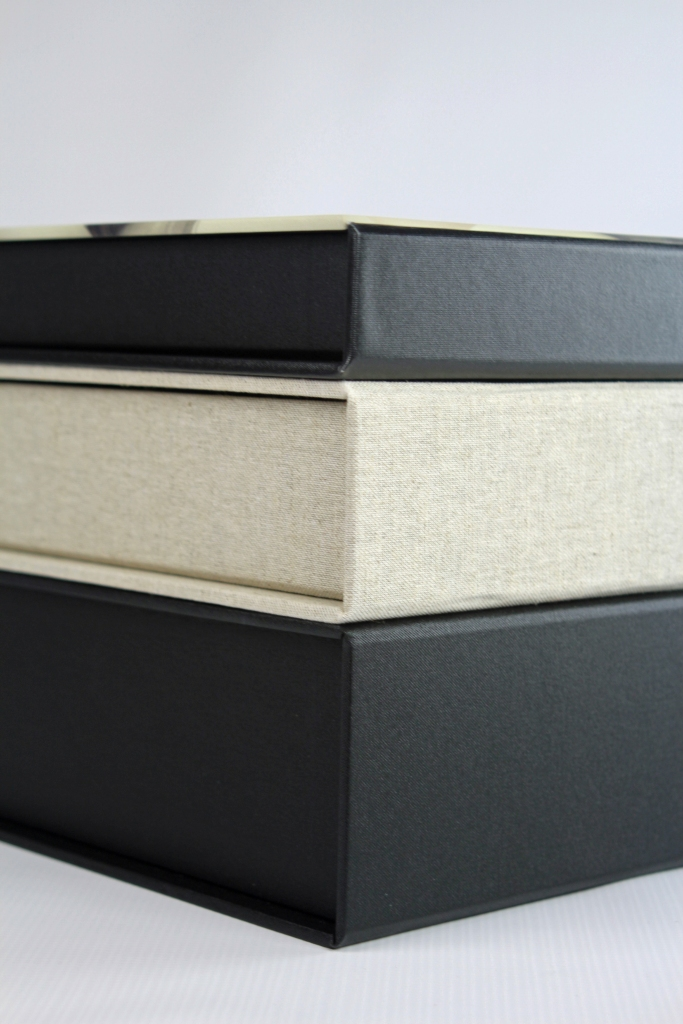 Shallow, Standard and Deep capacity Portfolio Boxes hold 10, 18 or 25 matted prints.